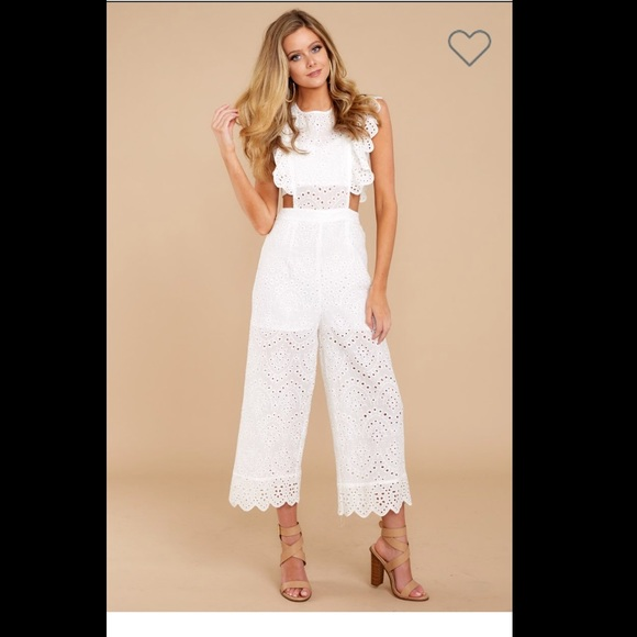 23711f5d7da Red Dress Live For The Weekend White Lace Jumpsuit.  M 5b202d67409c15f49b2edd35
